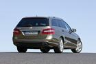 Mercedes-Benz E 200 CGI T BlueEFFICIENCY - Foto: Hersteller