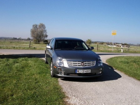Cadillac STS 4.6 V8- Foto: press-inform