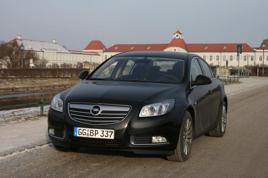 opel insignia 2 0 turbo praxistest alle autos. Black Bedroom Furniture Sets. Home Design Ideas